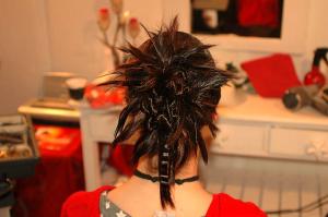 Chignon coiffé décoiffé avec gaufres